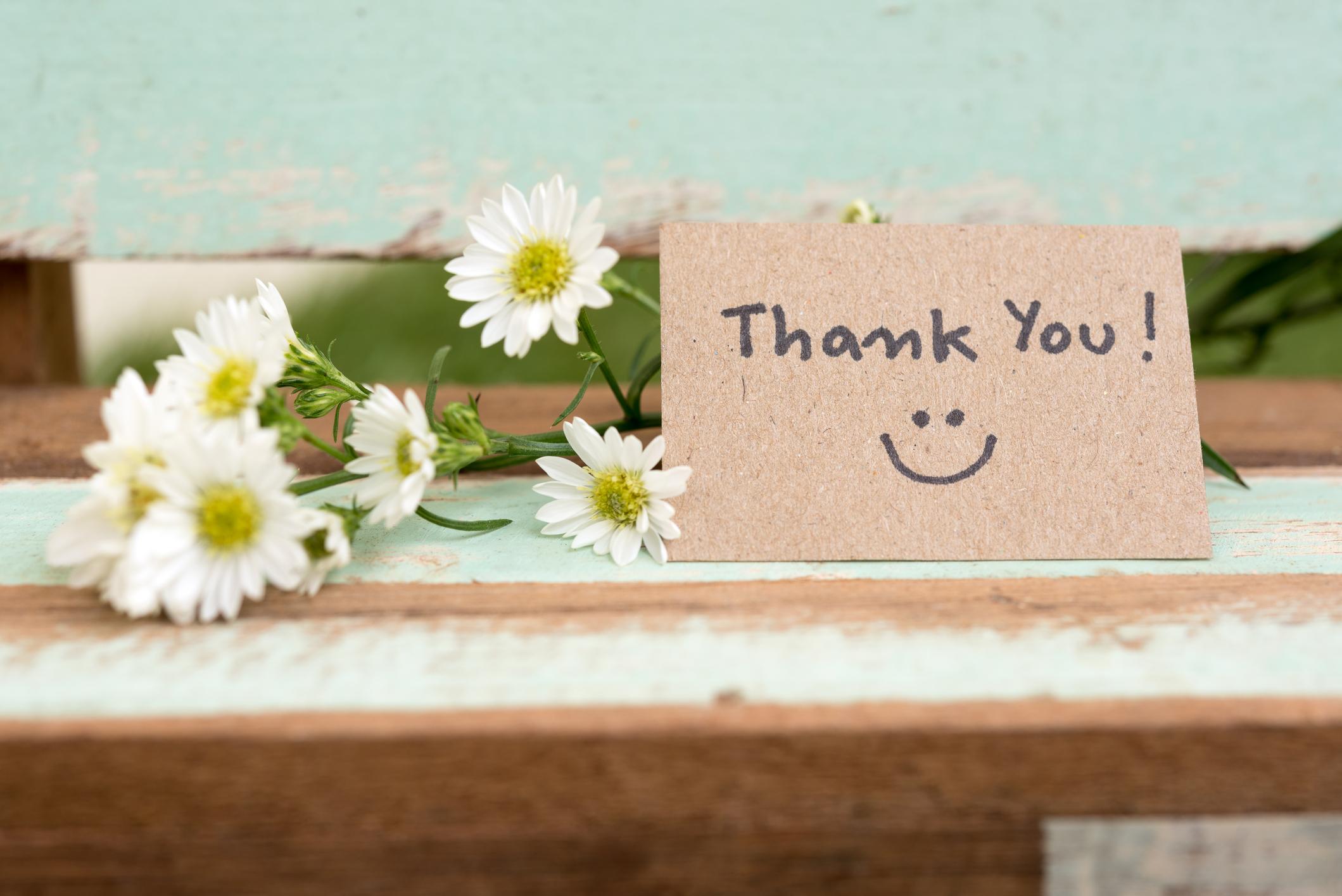 Más allá del thank you: cómo expresar agradecimiento en