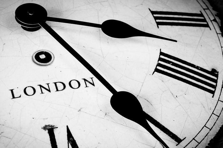 1e3e6d5f1c39 Decir la hora en inglés: más allá del o'clock | What's Up!